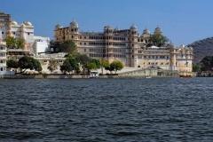 udaipur_lake_pichola